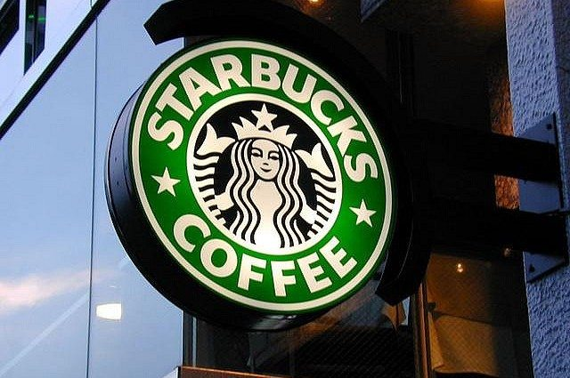 From One Store to Global Brand - Lessons From Starbucks' CEO