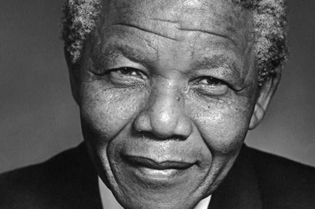 VIDEO - Nelson Mandela - His Fight to Be An Ordinary Man