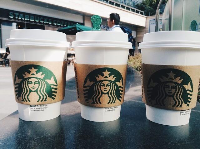 coffee-shop-729347_640