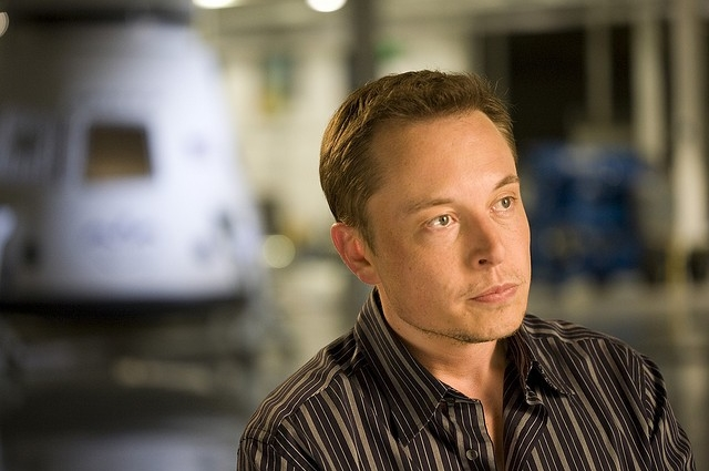 VIDEO - How Elon Musk Dealt With His Heroes Criticising His Dream