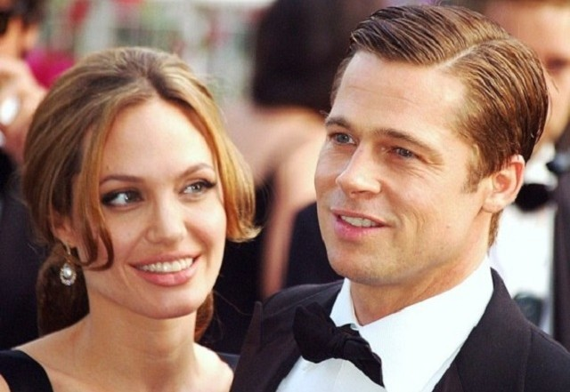 Brad & Angelina - A Normal Family In Extraordinary Circumstances