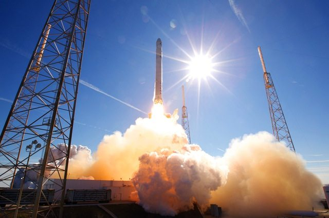 How Space X Creates a High Trust Environment With It's Clients