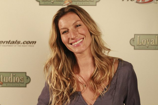 How Meditation Helps Gisele Bündchen Juggle Motherhood, Marriage & Modelling