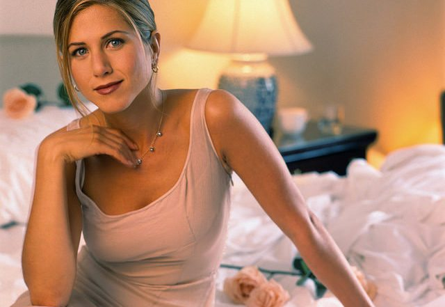 Jennifer Aniston's Intense Morning Meditation & Exercise Routine!