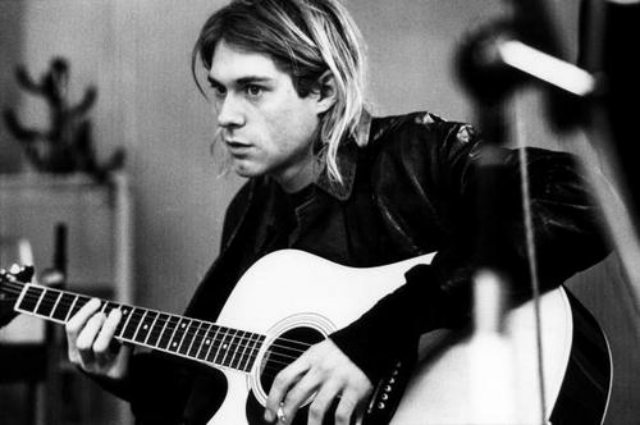 Kurt Cobain - The Tragedy of Overwhelming Success