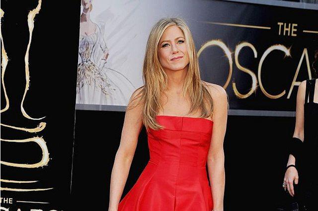Jennifer Aniston - Legends Report