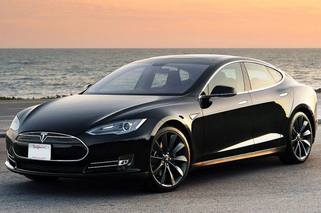 How Elon Musk is Using His Network to Sell Tesla Cars 2