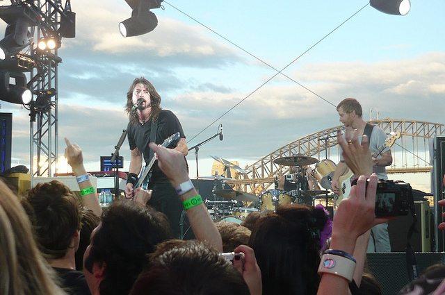 VIDEO - Fabio Zaffagnini - 1000 Musicians Performing 'Foo Fighters'