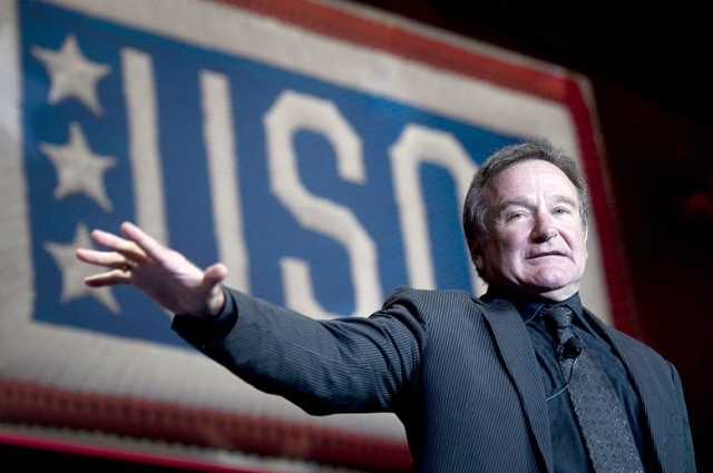 Robin Williams' Widow On His Suicide | Gates: Capitalism Won't Solve Climate Change 3