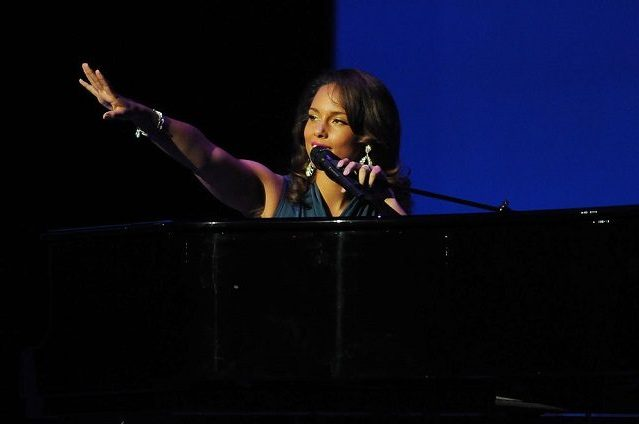 How Alicia Keys Built Her Self-Confidence