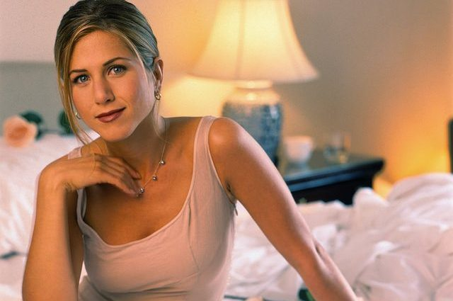 Jennifer Aniston's Intense Morning Meditation & Exercise Routine!
